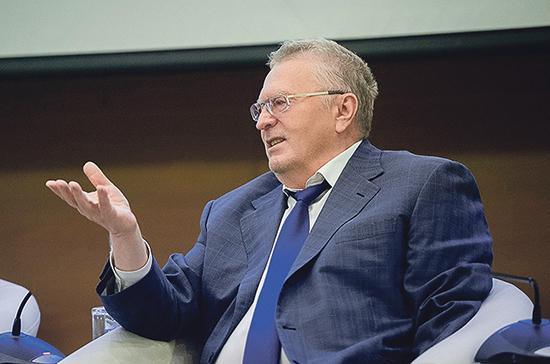 Жириновский предложил депутатам приносить еду с собой в Госдуму