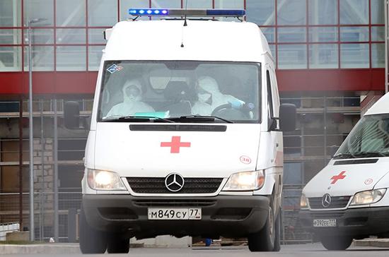 Власти Москвы изменили правила въезда скорых на территорию больниц