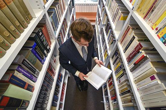 Продажи научной литературы выросли в Казани на фоне коронавируса