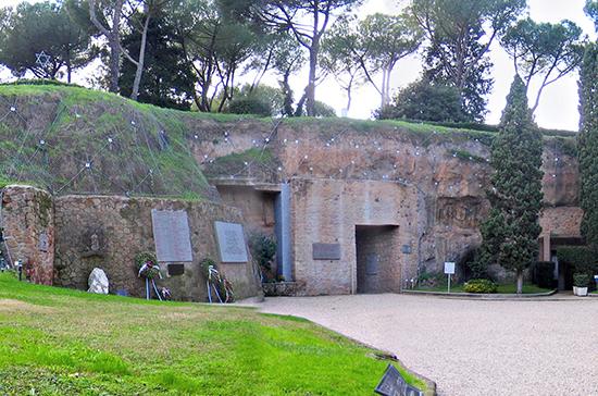 Италия вспоминает жертв массового расстрела, совершённого гитлеровцами в Ардеатинских пещерах
