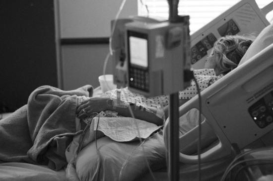 В Италии за сутки скончались 743 инфицированных коронавирусом