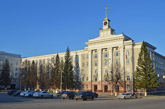Минтруд РФ возьмёт под контроль обстановку на стратегических предприятиях