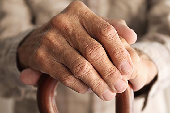 В Минздраве оценили риск смертельного исхода от коронавируса у пожилых