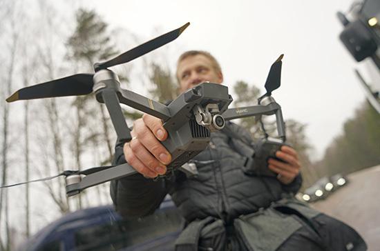 За соблюдением правил карантина в Вильнюсе будут наблюдать с помощью дронов