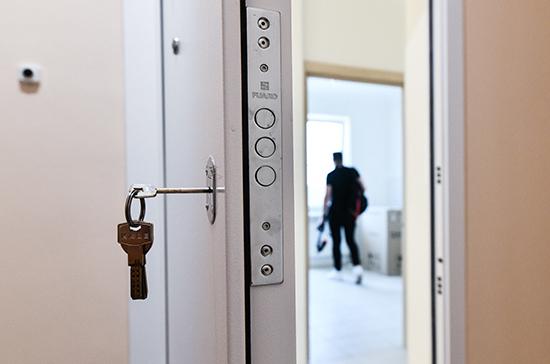 Участковым предлагают выдавать жилье по месту работы