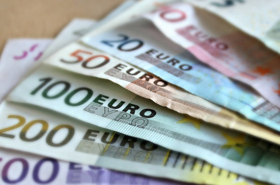 Компании смогут не перечислять валютную выручку в прописанных Правительством случаях