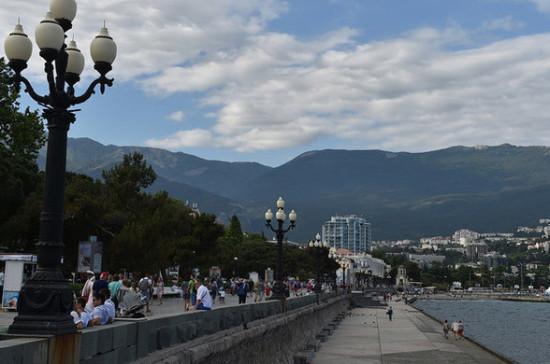За минувшие сутки в Крыму выявлен один заражённый коронавирусом