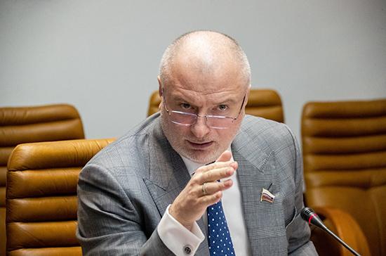 Клишас прокомментировал указ Путина о праве регионов самим определять меры по борьбе с коронавирусом