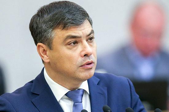 Морозов рассказал, с чем связано продление нерабочих дней до конца апреля