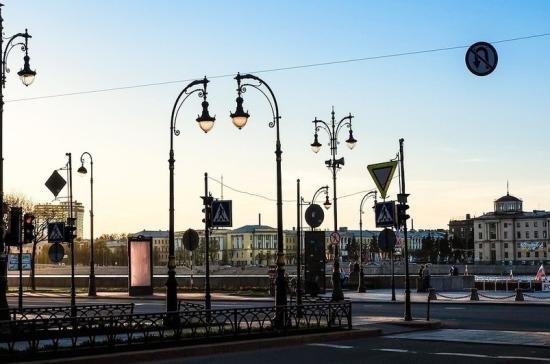 В Санкт-Петербурге продлили срок ограничений из-за коронавируса до конца апреля
