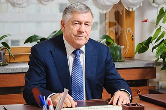 Валеев поддержал инициативу ФСБ лишать наград своих сотрудников за коррупцию