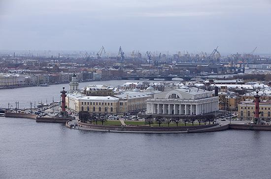 Петербург и Ленобласть не будут перекрывать границы
