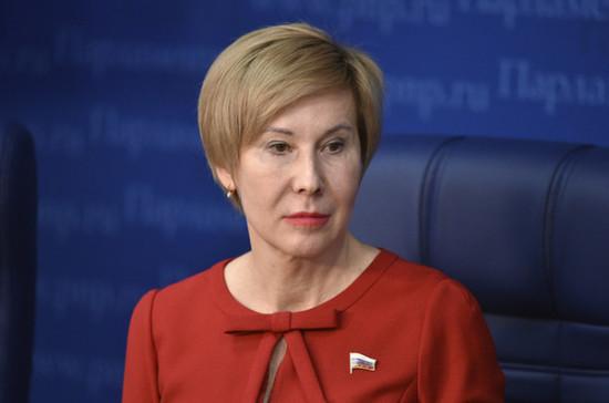 Павлова попросила расширить перечень граждан, имеющих право на оформление больничных по временным правилам