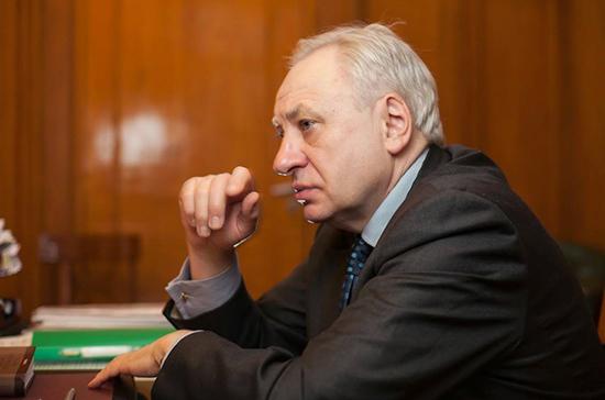 Академик Кирпичников: действовать по «мягкому сценарию» с коронавирусом нельзя