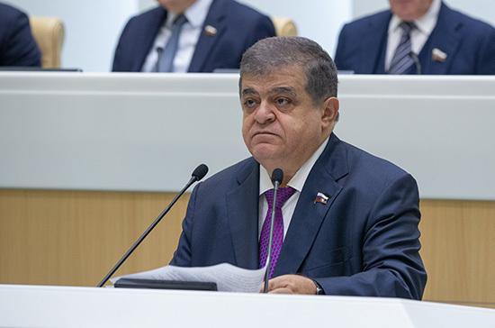 Джабаров отреагировал на слова Турчинова о возможности «возвращения» Крыма Украине