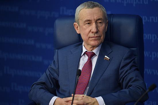 Климов: пандемия коронавируса стала темой пропагандистской войны стран НАТО с Россией