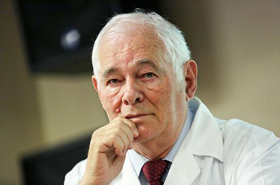 Рошаль объяснил, в чём разница между заражёнными и больными коронавирусом