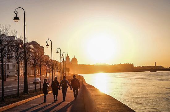 Математики предсказали конец эпидемии коронавируса в Петербурге