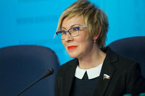 Павлова: закон о запрете маленьких «баров» в жилых домах ждали тысячи россиян