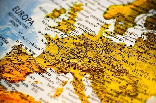 СМИ спрогнозировали сроки открытия границ стран Европы