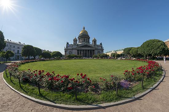 Эпидемия коронавируса в Петербурге может пойти на спад в начале июня, считает эксперт
