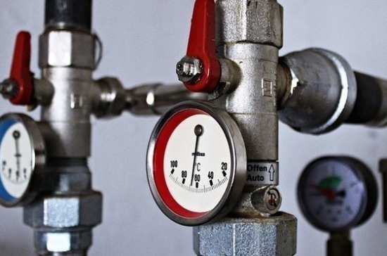 Минстрой попросили отложить сезонное отключение горячей воды из-за коронавируса