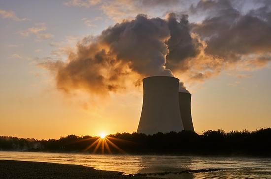Эксперт оценил желание США вытеснить РФ с рынка ядерных технологий