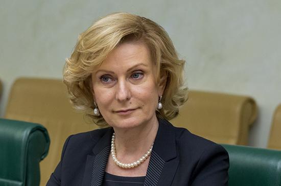 Святенко призвала торговые сети продавать маски по себестоимости