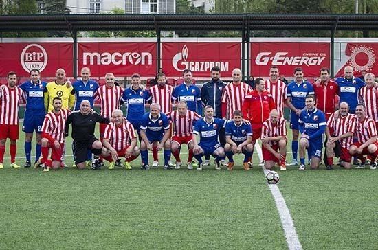 Футболисты сербской «Црвены звезды» подарят врачам годовые абонементы