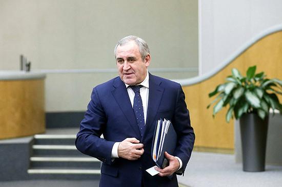 Неверов поздравил всех причастных с Днём российского парламентаризма
