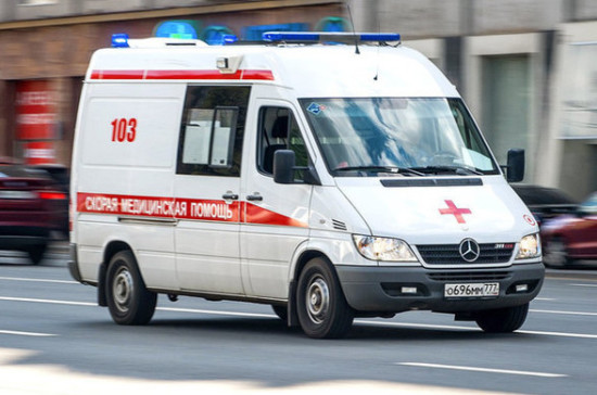 В Мосгордуме назвали героями сотрудников скорой помощи