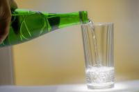 В Совфеде просят регионы подключить производителей питьевой воды к эксперименту по маркировке