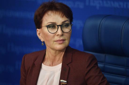 Сенатор предложила предоставить льготы предприятиям на покупку лекарств для НКО
