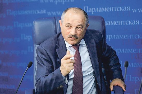 Депутат объяснил рекордный рост числа заражённых коронавирусом россиян
