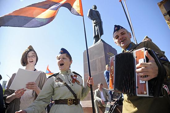 ВОЗ призвала не проводить массовых мероприятий в День Победы
