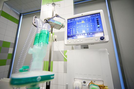 СМИ: загоревшийся в петербургской больнице аппарат ИВЛ был новым