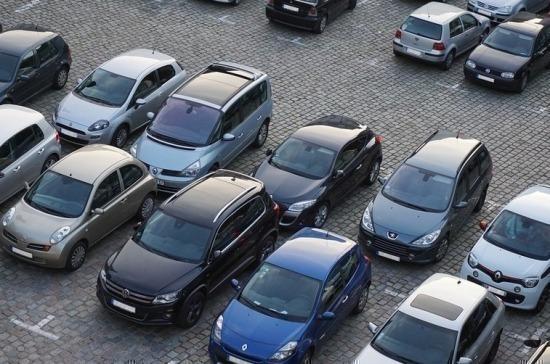В Госдуму вносится проект о праве полиции вскрывать автомобили