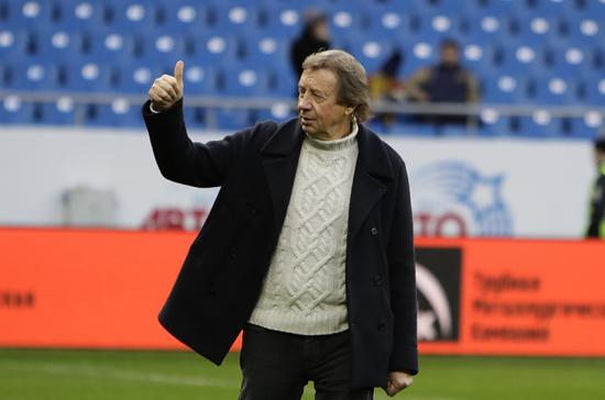 «Локомотив» объявил об отставке Юрия Сёмина