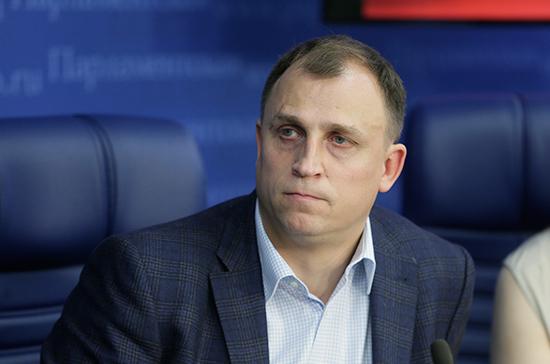 Вострецов и Валуев призвали давать организациям налоговые льготы за благотворительность