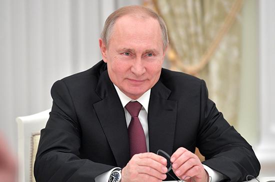 Путин поздравил с днём рождения президента Казахстана