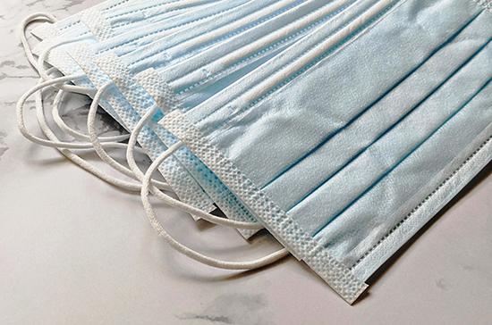 Бурматов рассказал, сколько масок и перчаток выбрасывают каждый день
