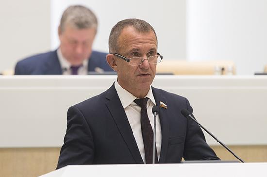 Сенатор Кравченко предложил выдавать экспортным компаниям кредиты с нулевой ставкой на срок до трёх лет