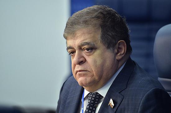 Джабаров назвал иск Украины по инциденту в Керченском проливе бесперспективной глупостью