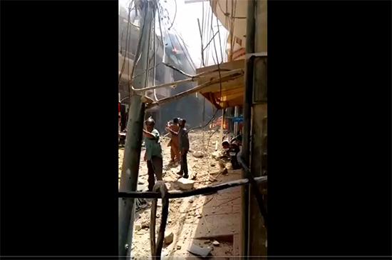 Власти Пакистана назвали число жертв крушения самолёта под Карачи