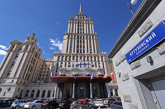 Последняя сталинская высотка стала одним из самых фешенебельных отелей страны
