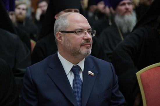 Гаврилов поддержал открытие православных храмов в Москве