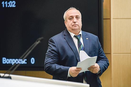 Клинцевич прокомментировал обвинение в причастности России к беспорядкам в США