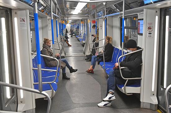 Проездные в Москве продлят на срок их действия во время режима ограничений