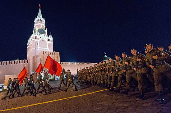 Ночную репетицию парада Победы в Москве перенесли на 14 июня
