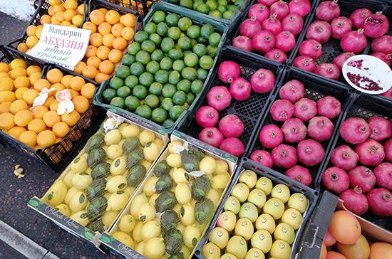 Россиян предупредили о содержании токсинов в овощах и фруктах